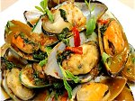 recipe stir fried mussels with holy basil